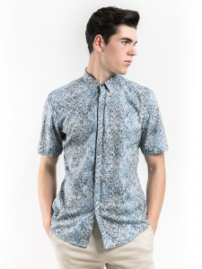 SLIM FIT PRINTED SHIRT WITH SPREAD COLLAR